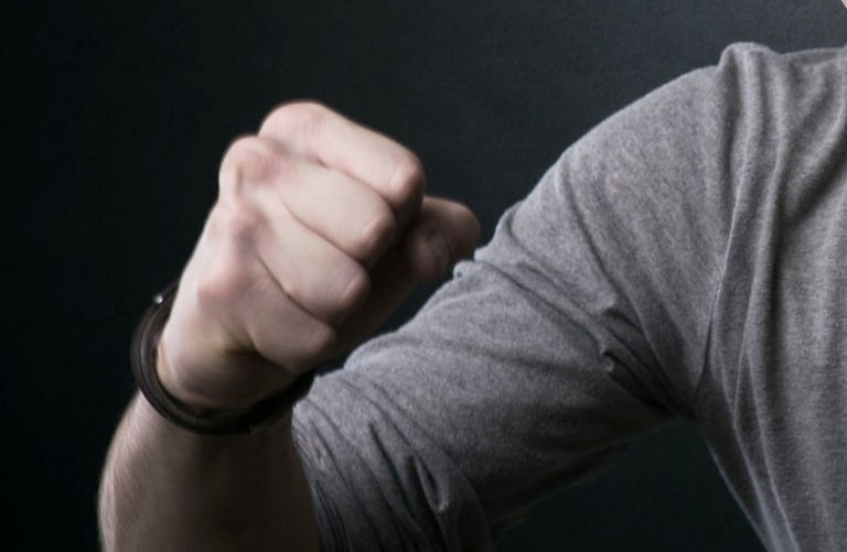 Couple accuses alleged loan shark for attacking and injuring them