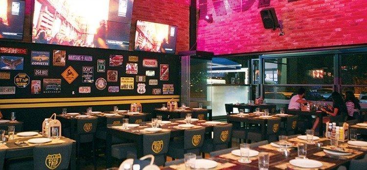 RoadTrip Bar&Grill