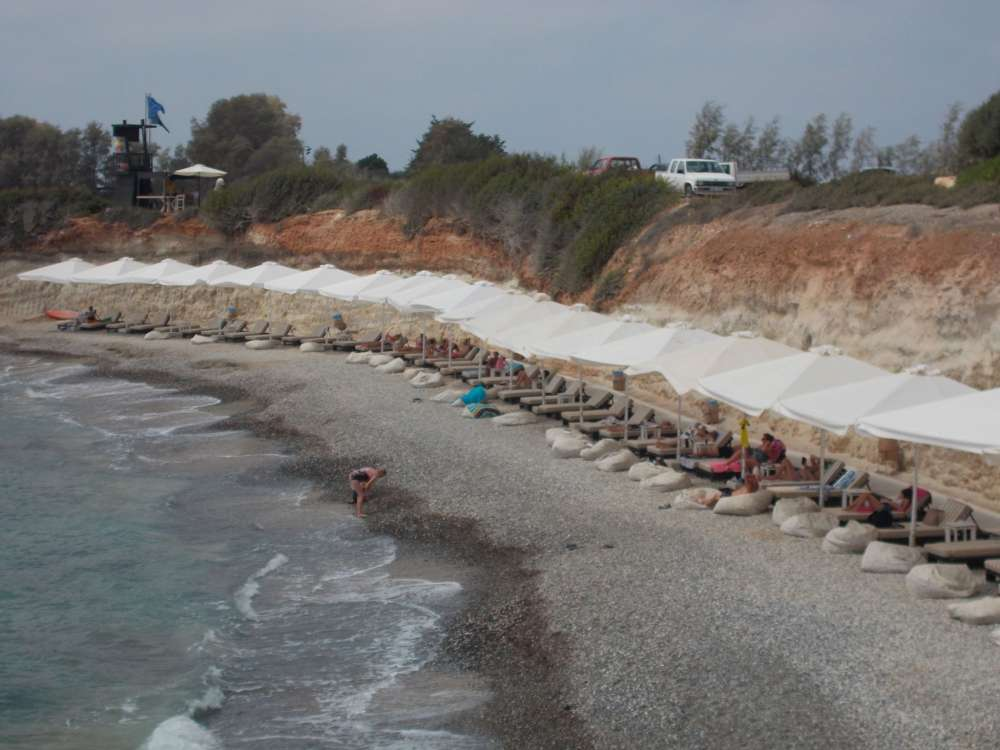 Greens slam 'licensing' of Peyia sea caves beach to private operator