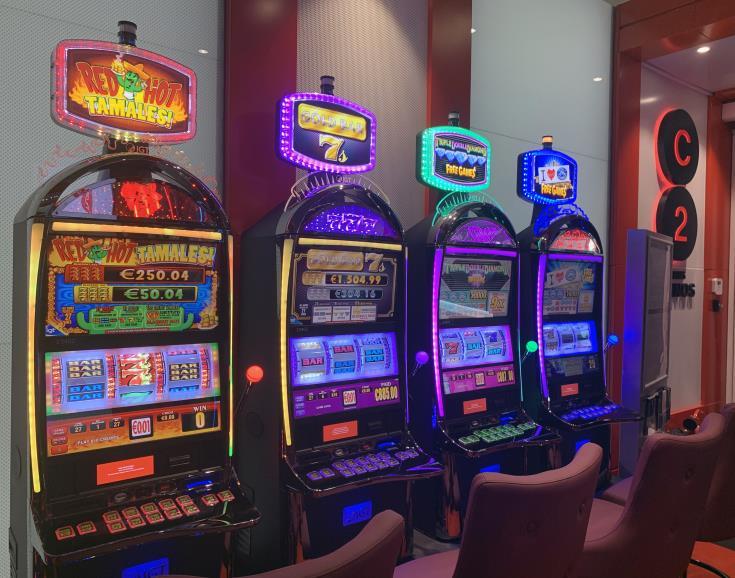 Satellite casino launched at Larnaca airport (pics)