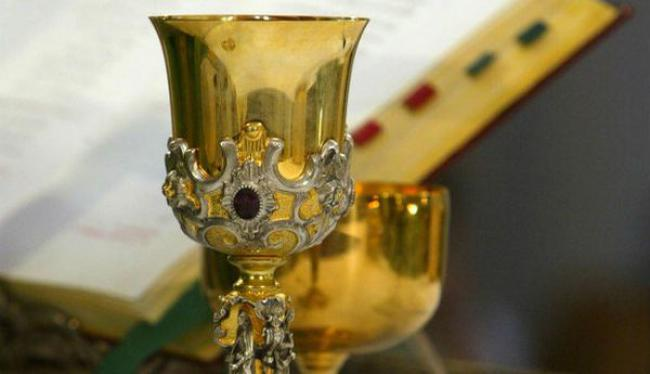Suspect arrested for stealing 17th century church vessels