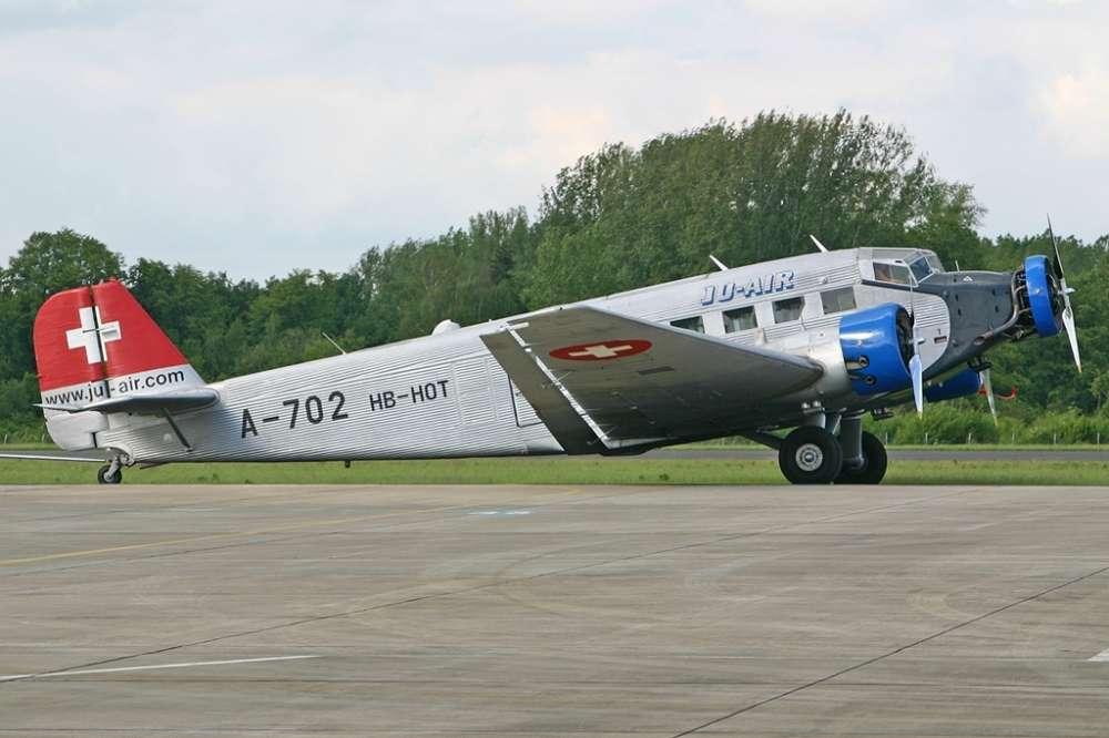 Update: Twenty killed in plane crash in Swiss Alps