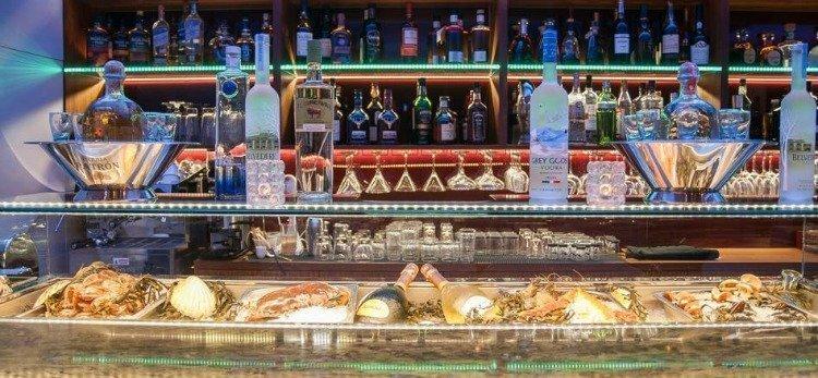 Pyxida Oyster Bar