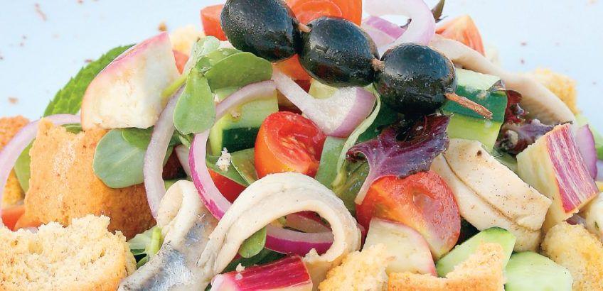 'Varosiotiki' salad