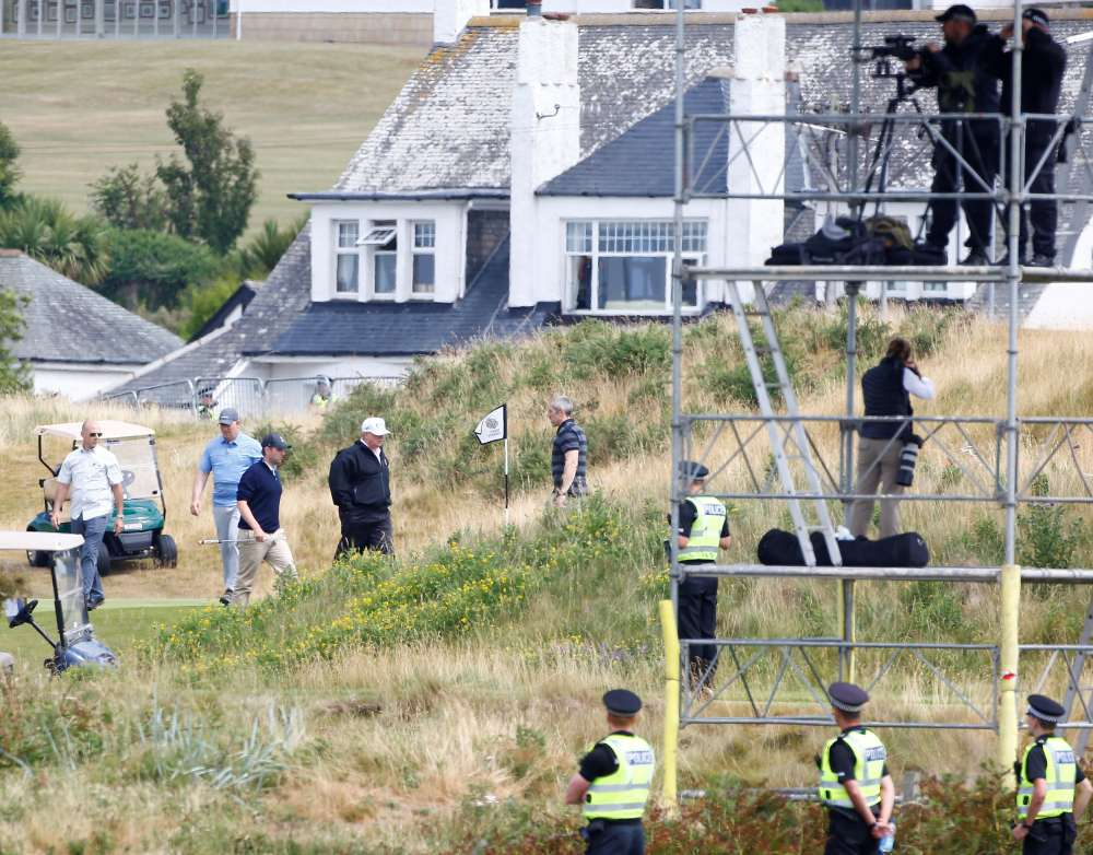 Trump submits plan for $200 mln investment in Scottish golf resort