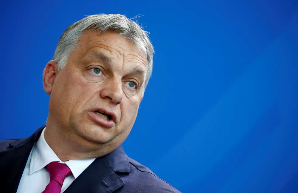 Hungarian PM welcomes Bannon's anti-EU project as