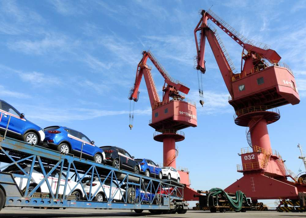 Chinese exports accelerate as US prepares new tariffs in heated row