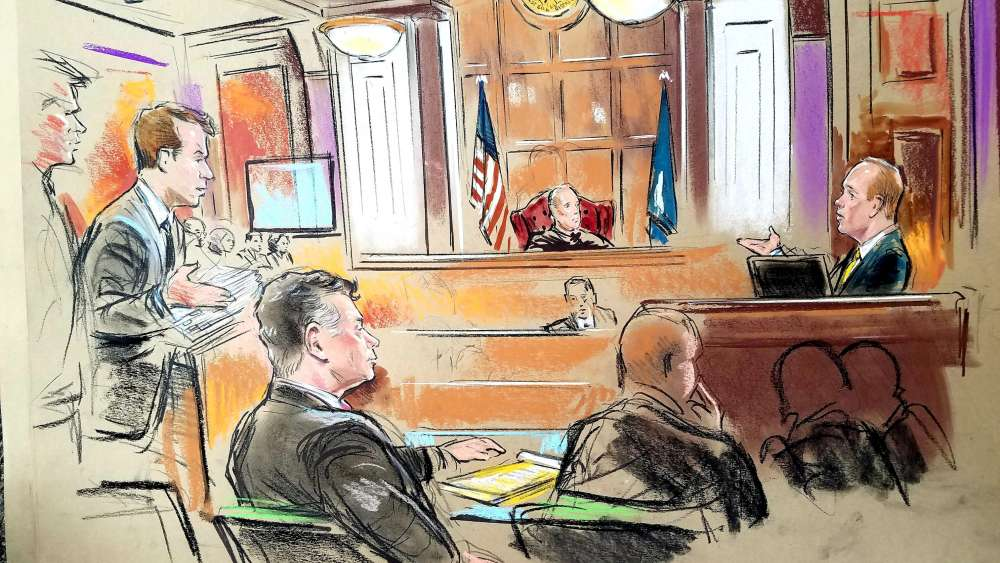 Judge apologises to prosecutors in former Trump aide Manafort's trial