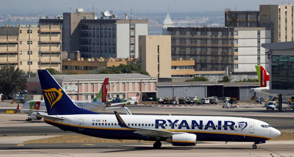 Ryanair will stop flying to some airports because of the Boeing 737 Max crisis