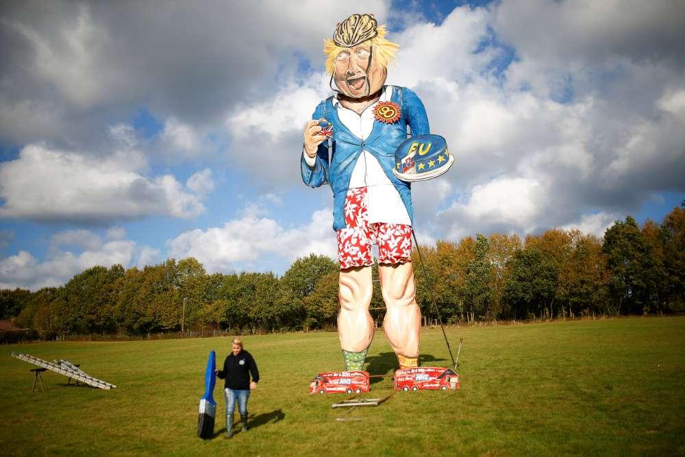 Boris Johnson to go up in smoke as bonfire night effigy