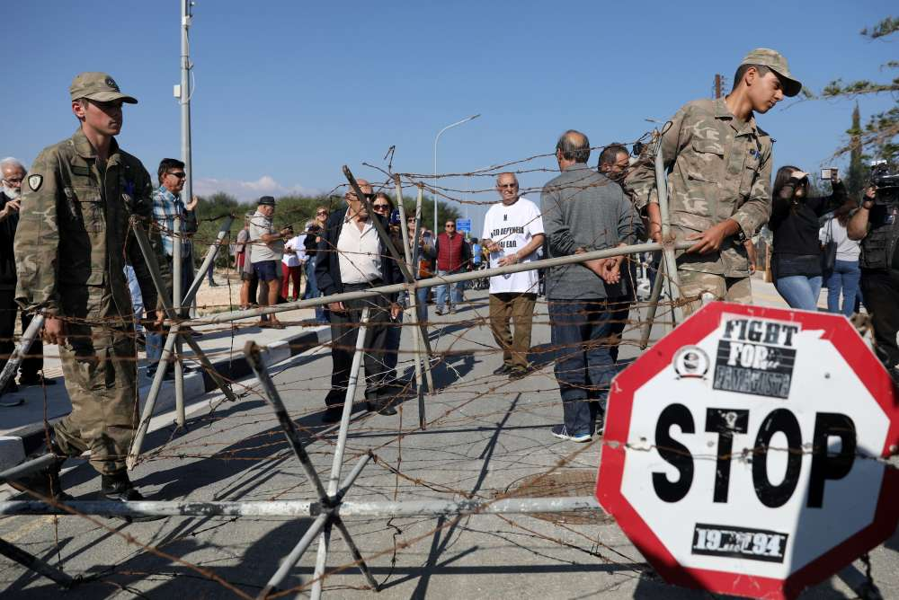 UN welcomes opening of crossing points