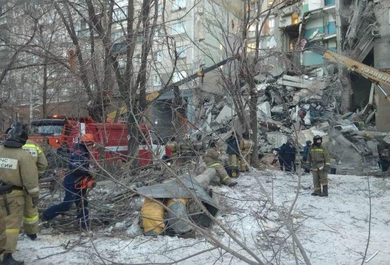 Russian apartment block blast kills 3