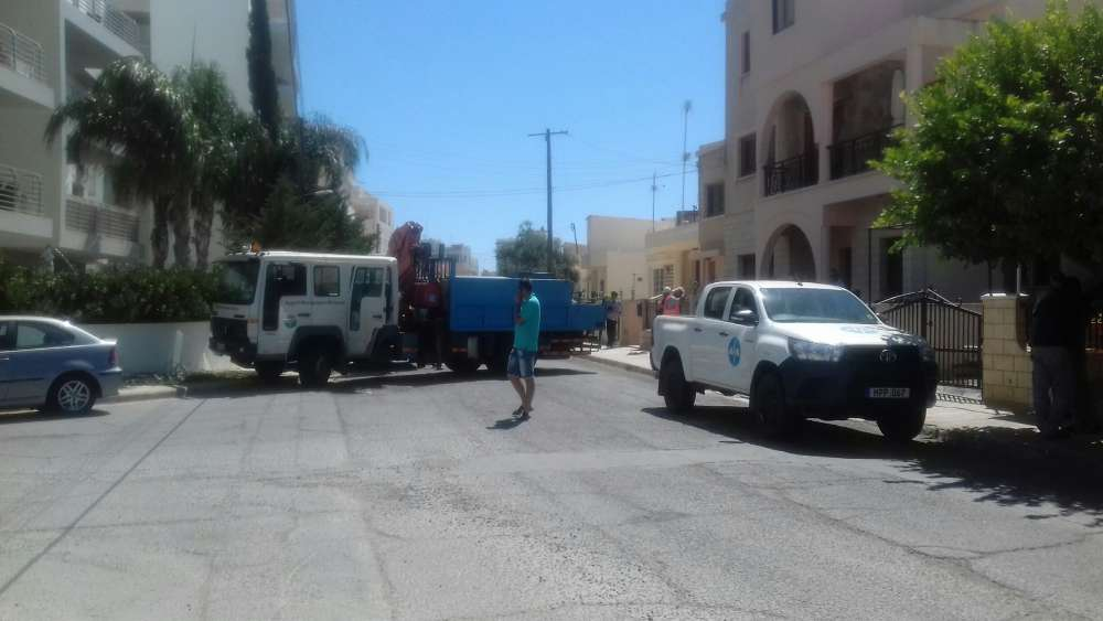 Update 2: EAC worker killed after fall in Larnaca