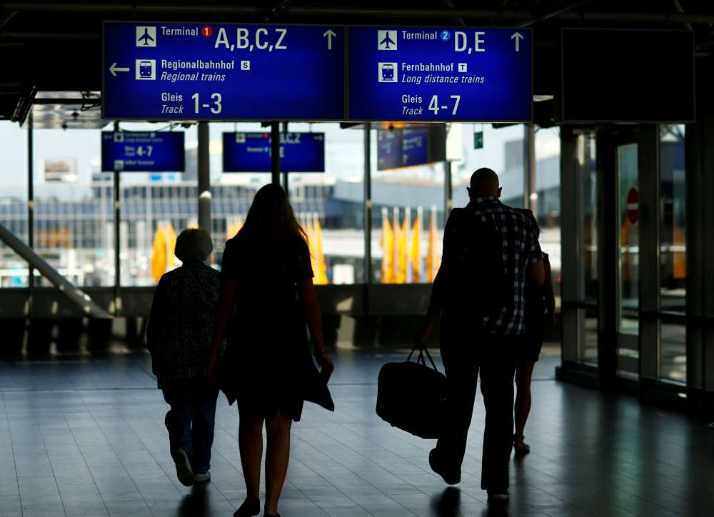 Union calls for Jan. 15 strike by Munich airport security staff