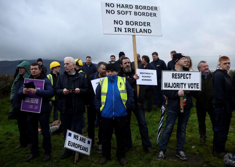 Boris Johnson tells May: Ditch the Irish backstop and get support