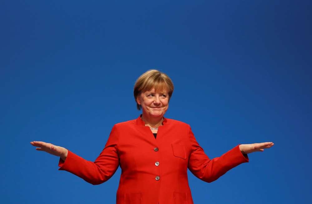 Merkel  bids farewell to Facebook