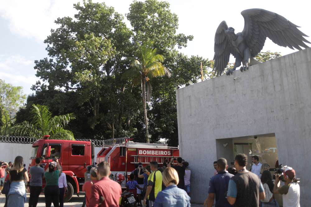 Fire at Flamengo training centre in Rio kills 10 - firefighters