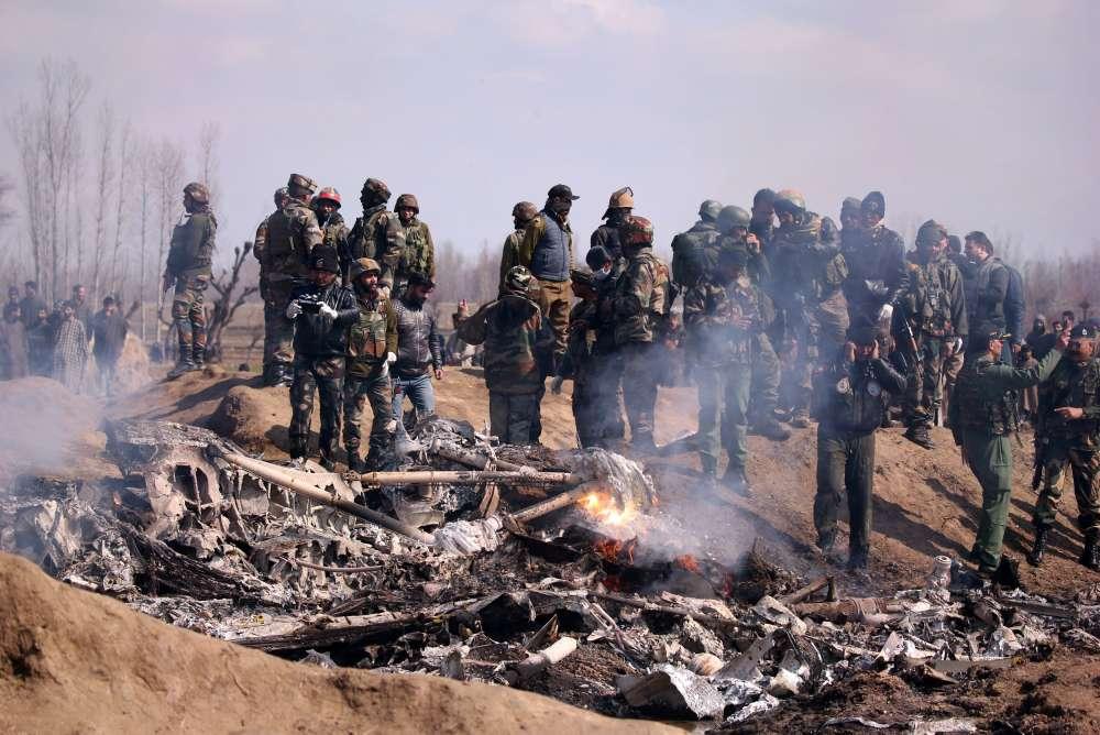 Pakistan says it shot down Indian jets