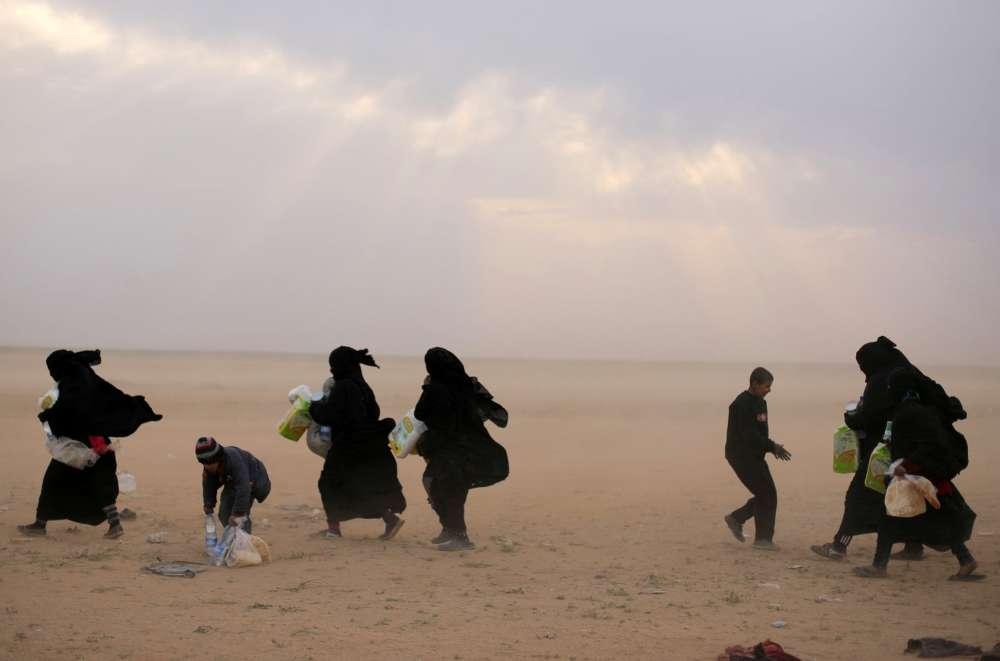 At least 84 die fleeing Islamic State in Deir al-Zor in east Syria - UN