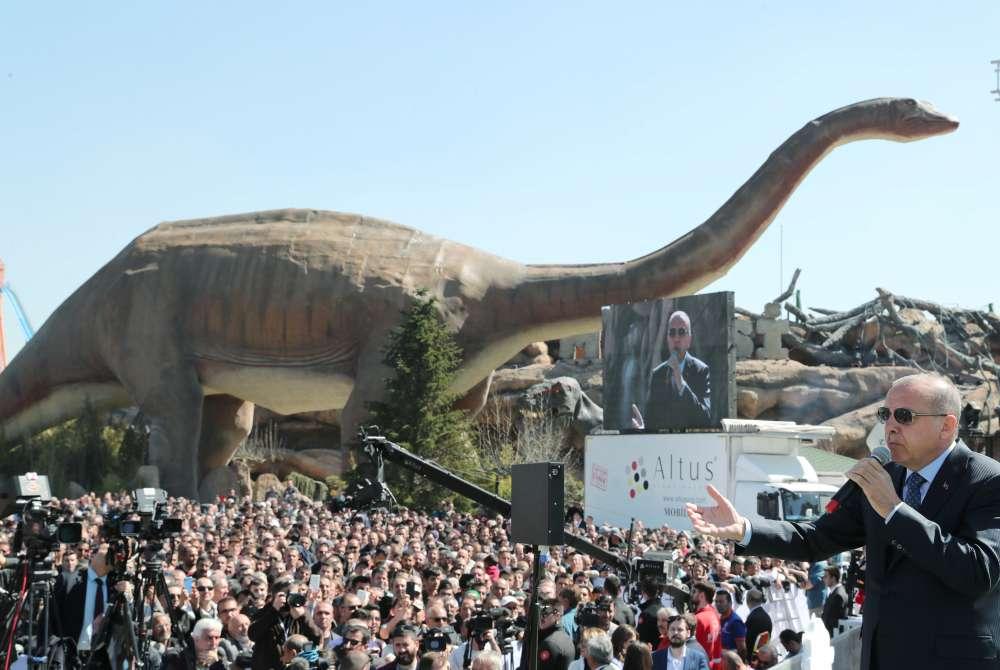 Erdogan opens giant theme park in Ankara amid safety concerns