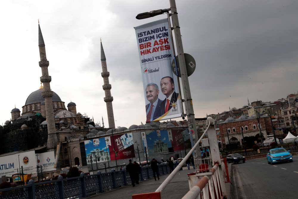 Turks vote in local polls