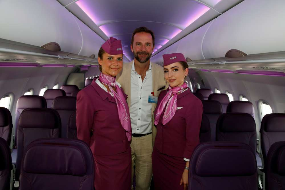 Flights grounded after Iceland's WOW air collapses