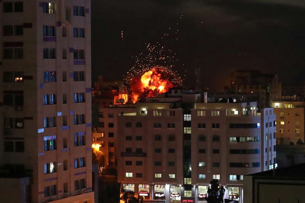Gaza-Israel violence flares into second day with rocket attacks
