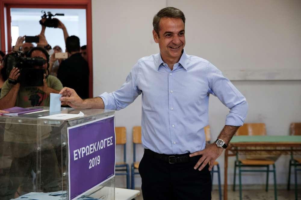 Conservatives take decisive lead in Greek European vote