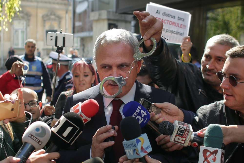 Romania's ruling party chief headed to prison for corruption
