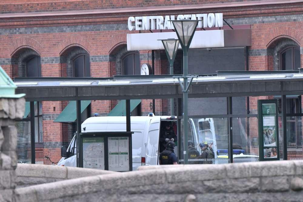 Swedish police shoot
