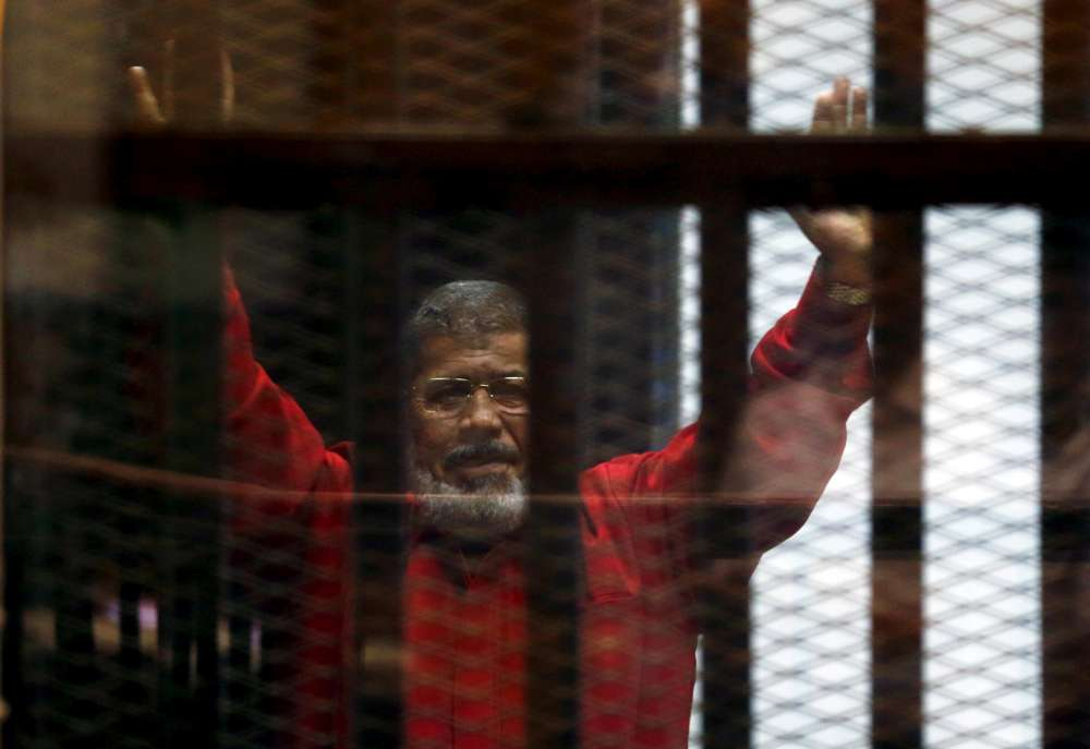 Egypt's ousted Islamist president Mursi dies after court hearing