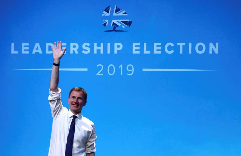 UK's Hunt sets early October deadline for no-deal Brexit decision