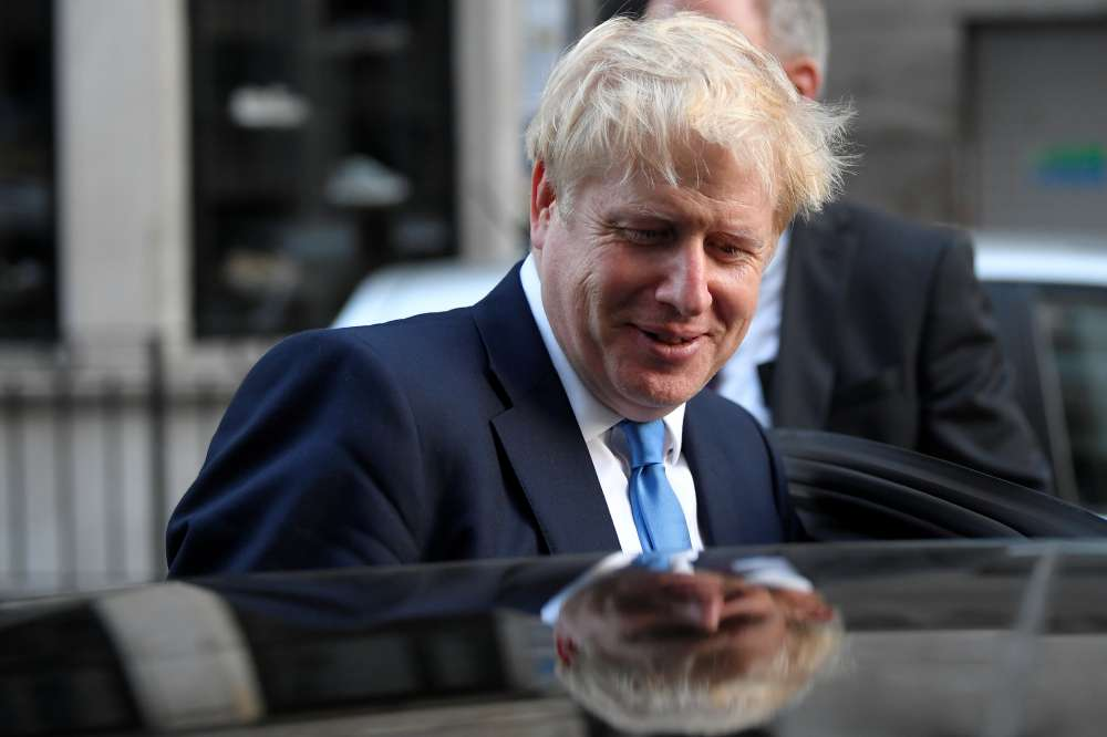 Turks welcome 'Ottoman grandson' Boris Johnson as British leader
