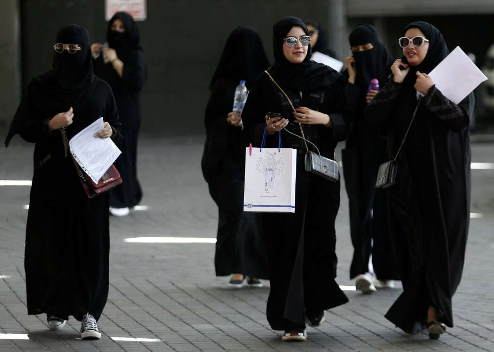 Saudi Arabia lifts travel restrictions on women