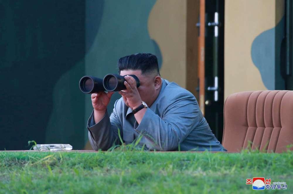 N.Korea fires projectiles