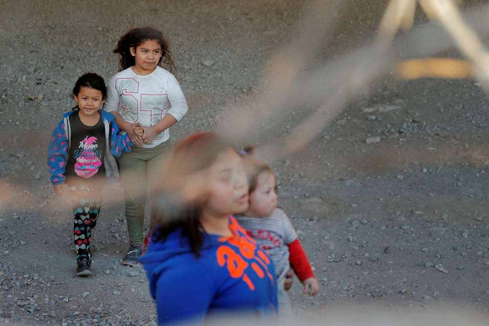 Child migrants to be held in detention longer under new Trump administration rule