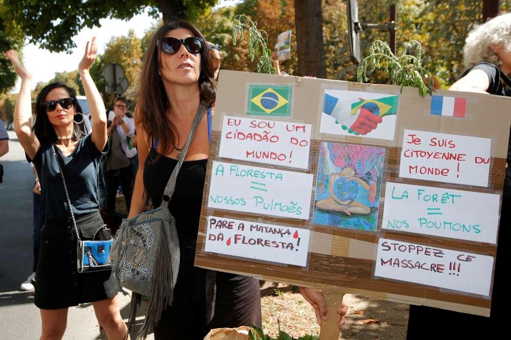 EU piles pressure on Brazil over Amazon fires