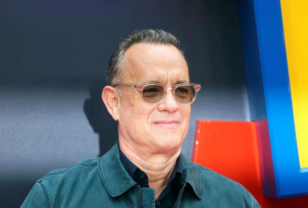 Tom Hanks to get lifetime award at Golden Globes