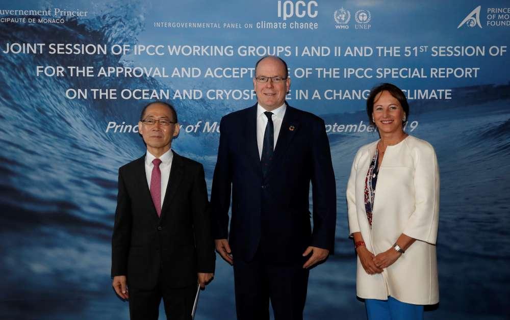 Cut emissions to avert catastrophic sea-level rise - U.N. climate report