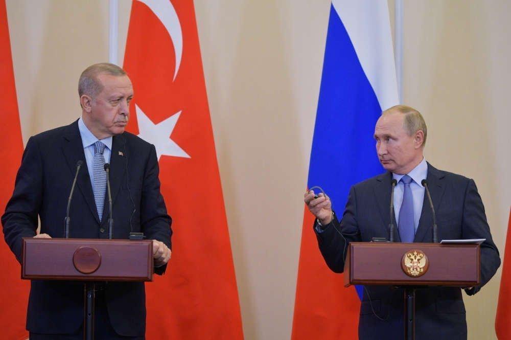 Kremlin says U.S. betrayed Kurds in Syria