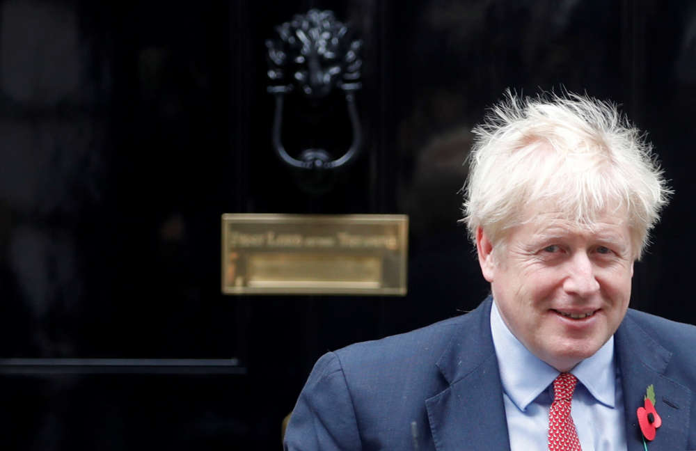 Britain to begin fast-tracking visas for top scientists