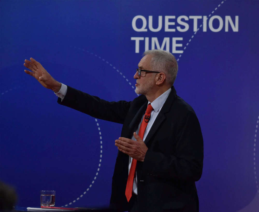 UK Labour Leader Corbyn: I would stay neutral in a second Brexit referendum