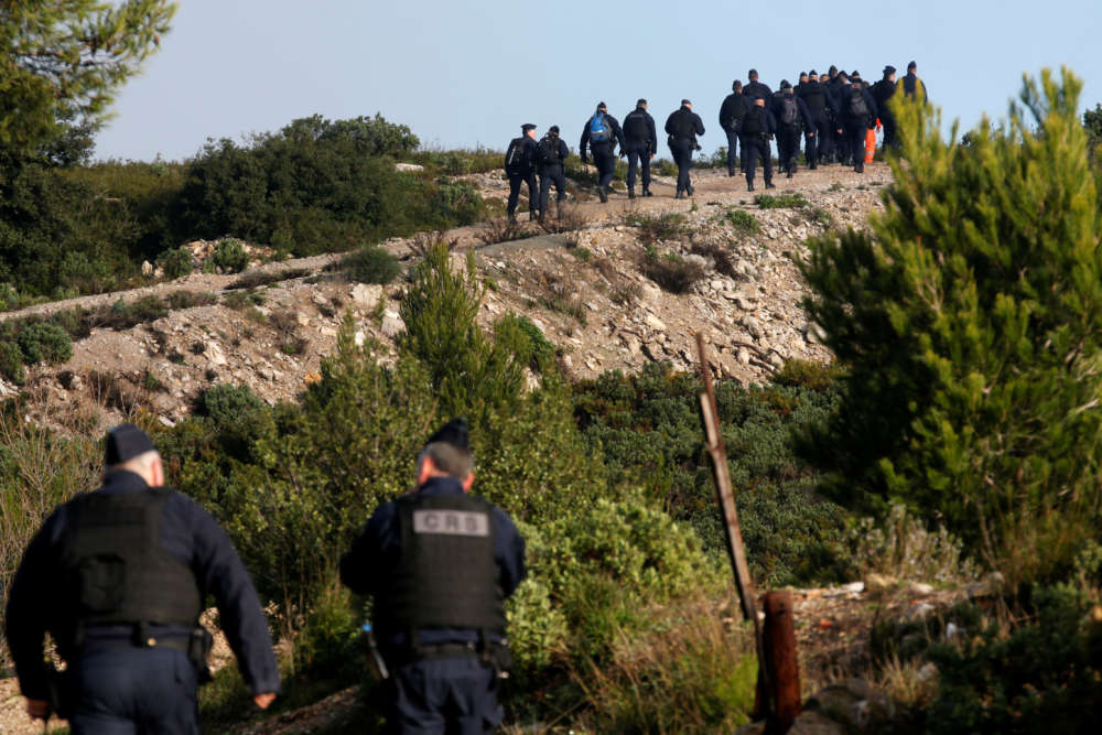 Five dead in French helicopter crash