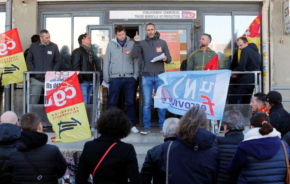 France's unions take pensions battle back onto the streets