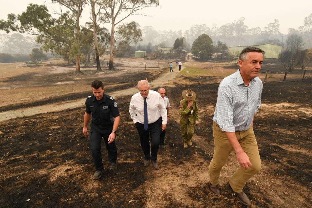 Australia urges people to flee as fires set to surge at weekend