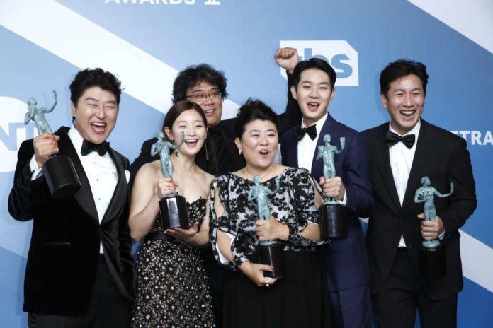 'Parasite' scores upset at SAG awards