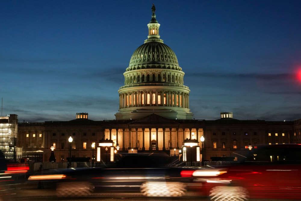 Democrats accuse Trump of corrupt scheme to pressure Ukraine