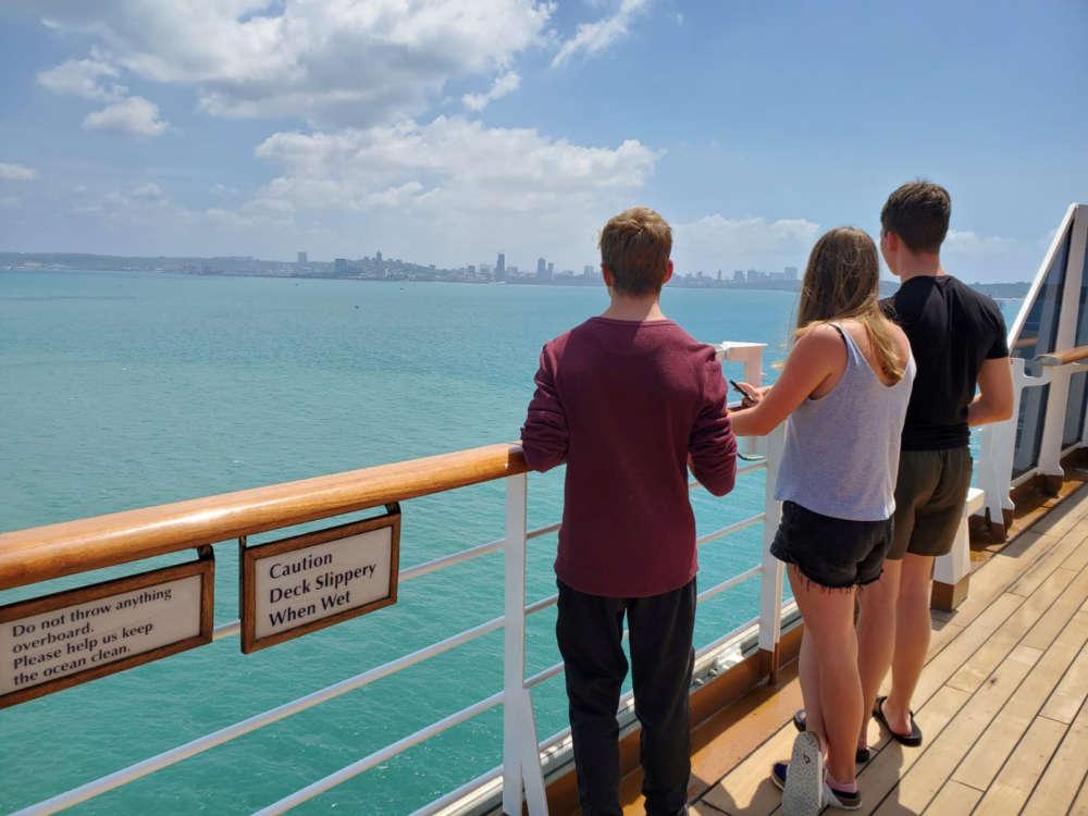 Cruise ship shunned over coronavirus fears arrives in Cambodia