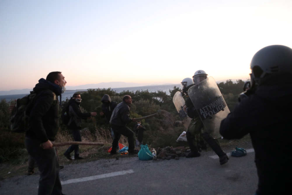 Clashes break out on Greek island against migrant camp