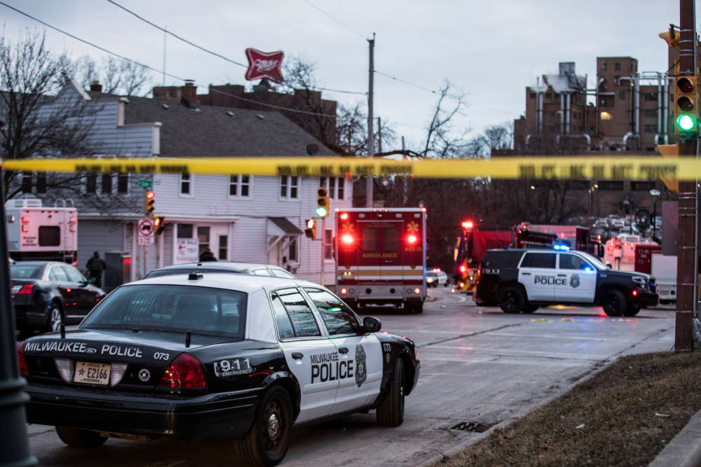 Gunman kills 5 co-workers and himself in Molson Coors brewery shooting in Milwaukee
